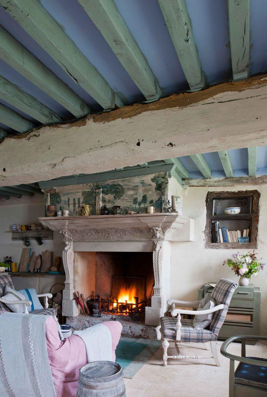 05-11-19-annie-sloan-fireplace