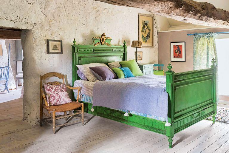 annie-sloan-bedroom-2-1556808604